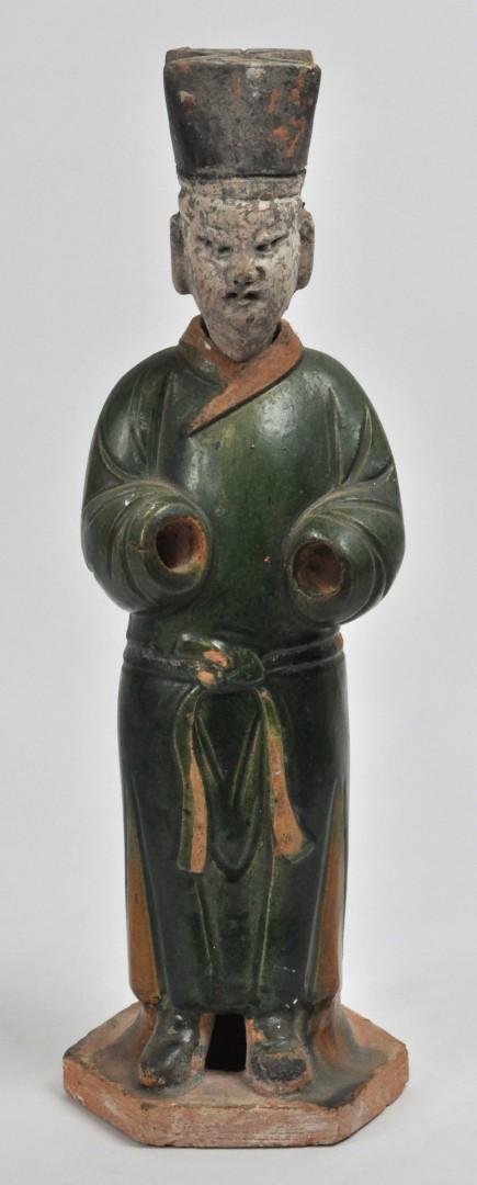 Een chinees personage van polychroom geglazuurd terracotta ming dynastie handen ontbreken - Terracotta sokkel ...