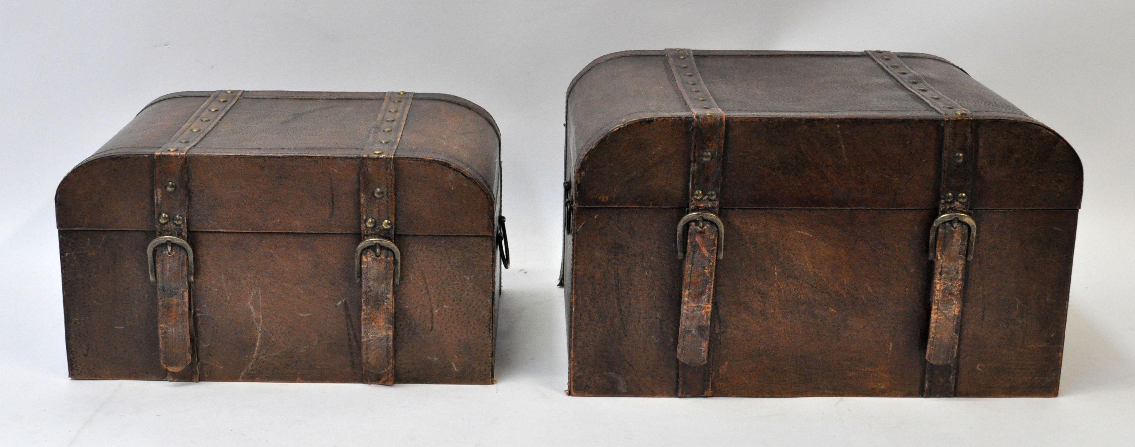 Twee houten dozen in twee formaten met lederen bekleding jordaens n v veilinghuis - Lederen bekleding ...