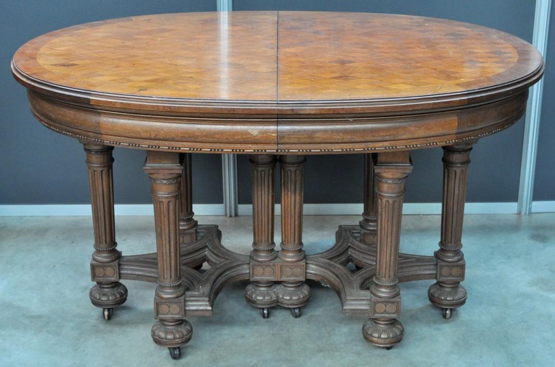 Een ovale tafel in classicistische stijl met ruitvormige parketterie jordaens n v veilinghuis - Tafel een kribbe stijl industriel ...