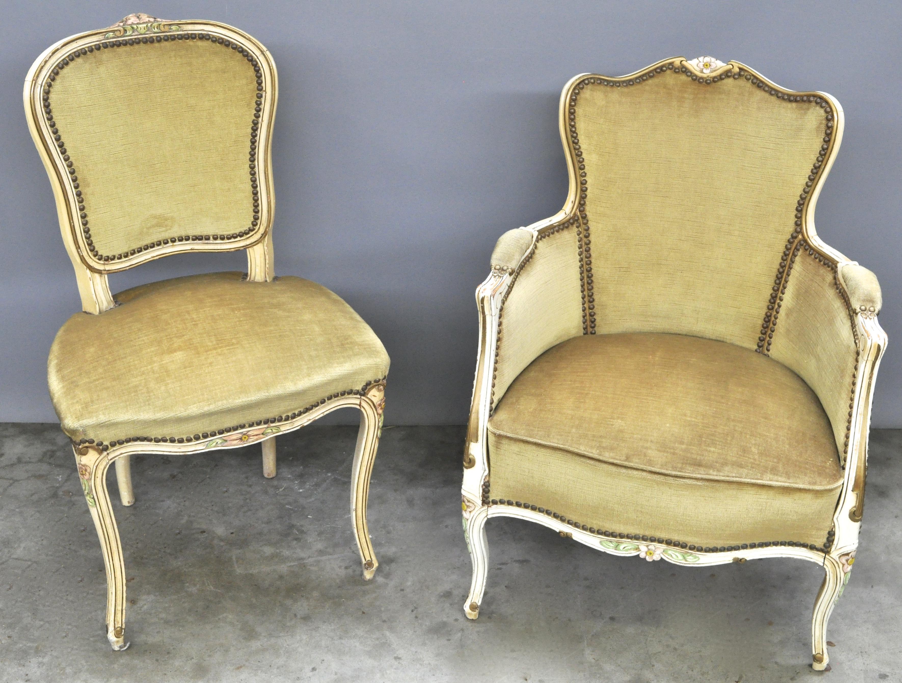 Een stoel en een armstoel van wit gepatineerd notenhout in lodewijk xv stijl jordaens n v - Garderobe stijl van lodewijk xv ...