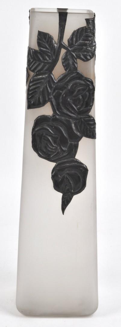 een vierhoekige vaas van gesatineerd glas met een tinnen florale versiering naams werk periode. Black Bedroom Furniture Sets. Home Design Ideas