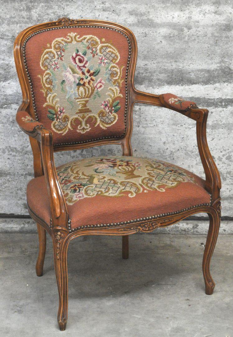 Een armstoel van gesculpteerd notenhout in lodewijk xv stijl en bekleed met naaldwerk - Garderobe stijl van lodewijk xv ...