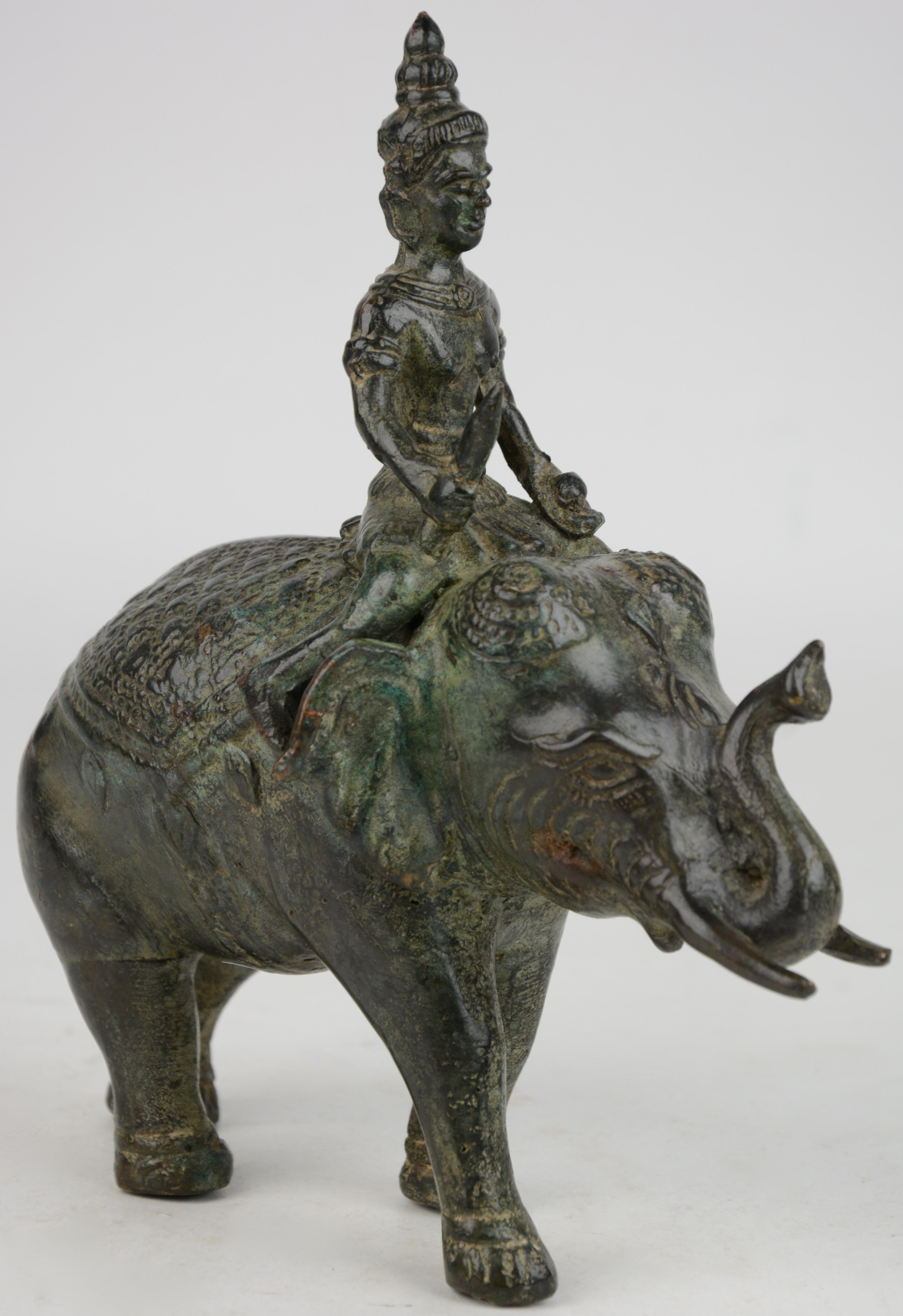 Een voorstelling van boeddha op een olifant van gepatineerd brons indisch werk jordaens n v - Stijl asiatique ...