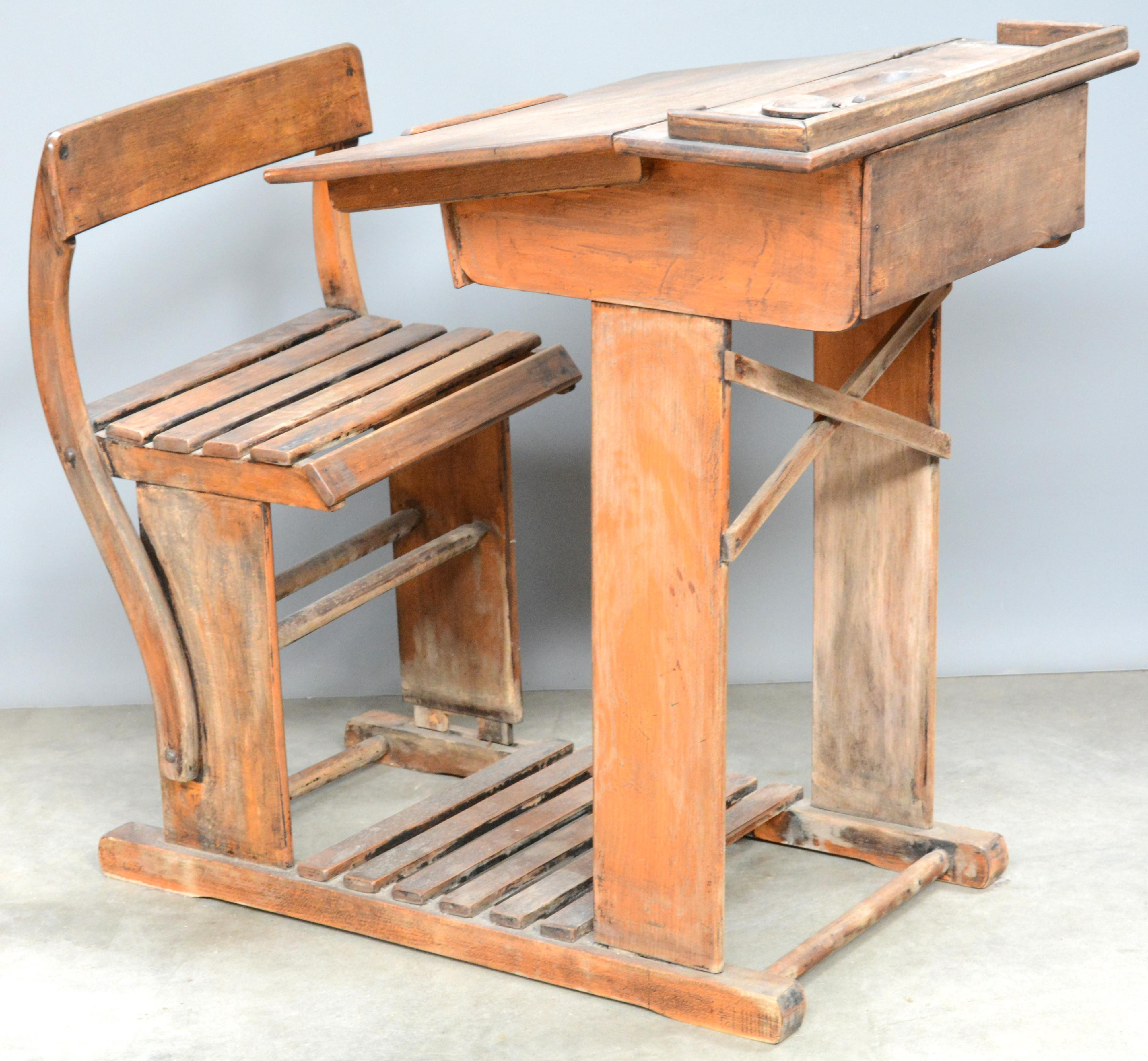 Hedendaags Een oude houten schoolbank. – Jordaens N.V. Veilinghuis IT-19