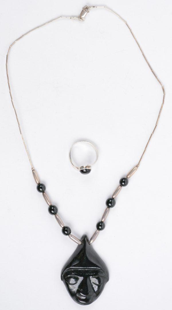 Een ketting met hanger en bijpassende ring bezet met obsidiaan en van 925 zilver jordaens n - Stijl asiatique ...