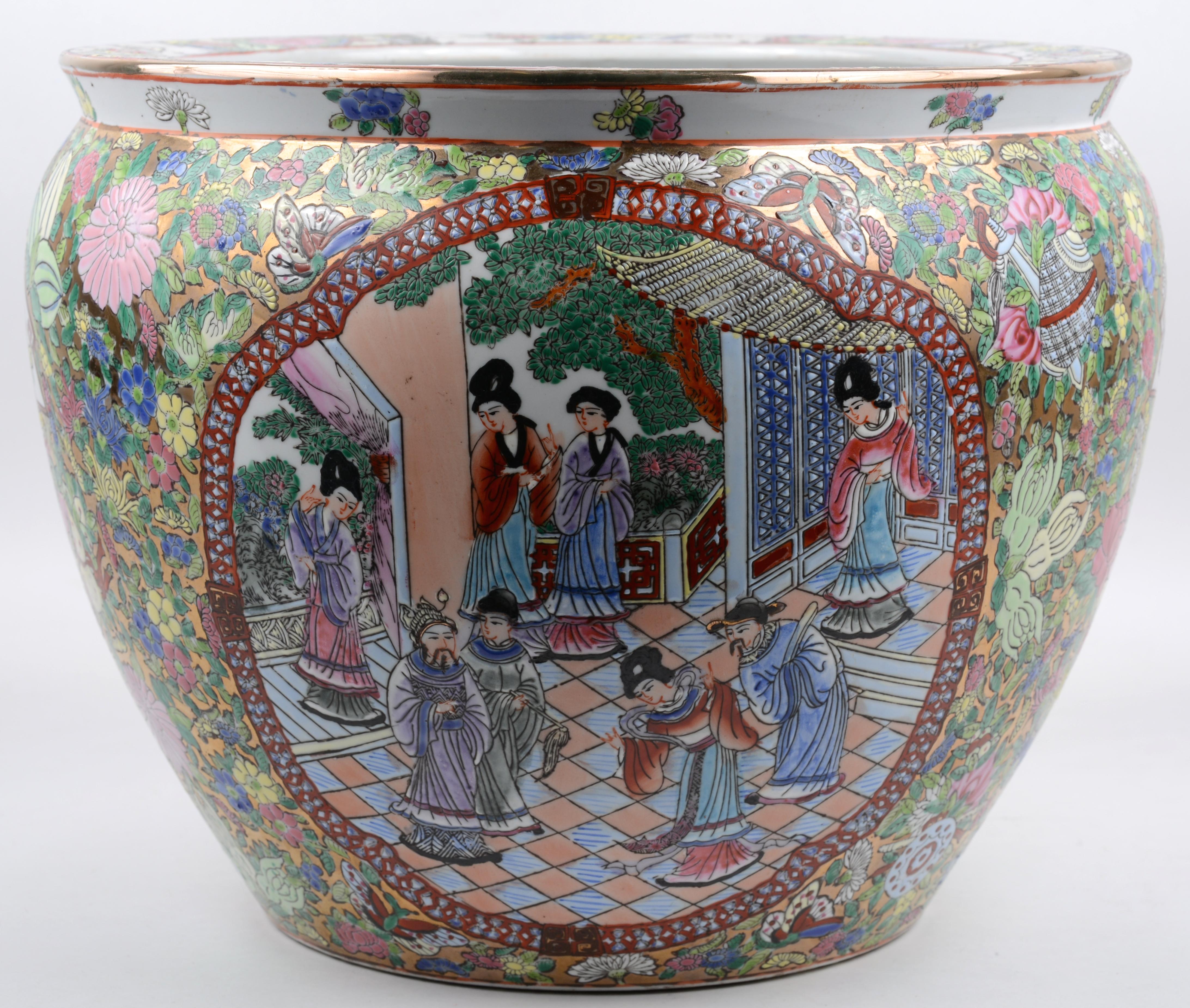 Chinees Porselein Merktekens Japans Porselein.Een Fish Tank Van Chinees Porselein Met Een Decor Van Personages