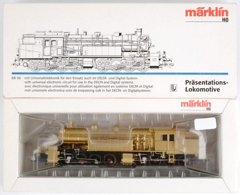 Een presentatie stoomlocomotief. Model BR96 voor spoortype HO. In originele doos.