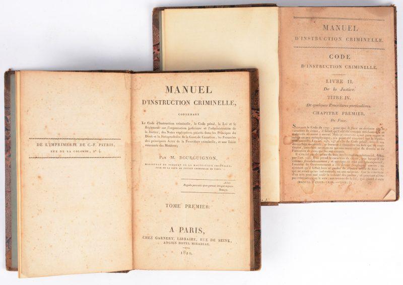 M. Bourguignon, Manuel d'instruction criminelle, Paris, 1810, 2 delen . Gekartoneerde binding. Goede tot zeer goede staat.