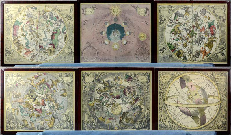 """""""Haemispherum..."""". Een serie van vijf gravures, met de hand ingekleurd en één afwijkende door Valk en Schenk te Amsterdam. Heruitgave van de hemelkaarten van Andreas Cellarius, oospronkelijk uitgegeven door jansenius in 1660."""