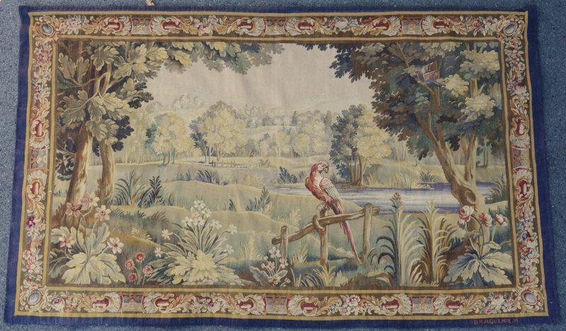 """Manufacture Royale de Tapisseries d'Art Braquenié & Cie. """"Romantisch landschap met een ara op een hekje"""". Een Mechelse gobelin. Tweede helft XIXe eeuw."""