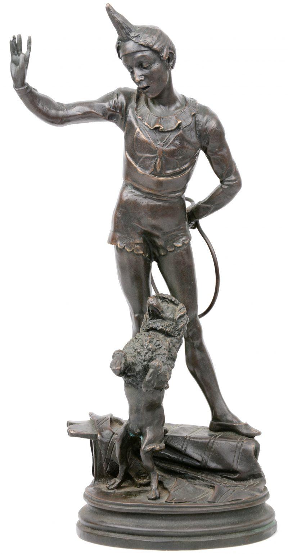 """""""Pierot met poedel"""". Een bronzen beeld naar een werk van Barye."""