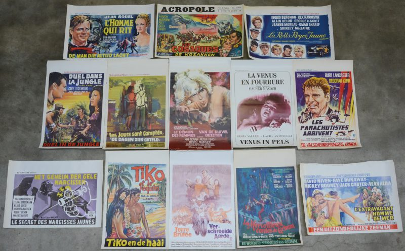 Een lot filmaffiches uit de jaren zestig en zeventig. 13 stuks.