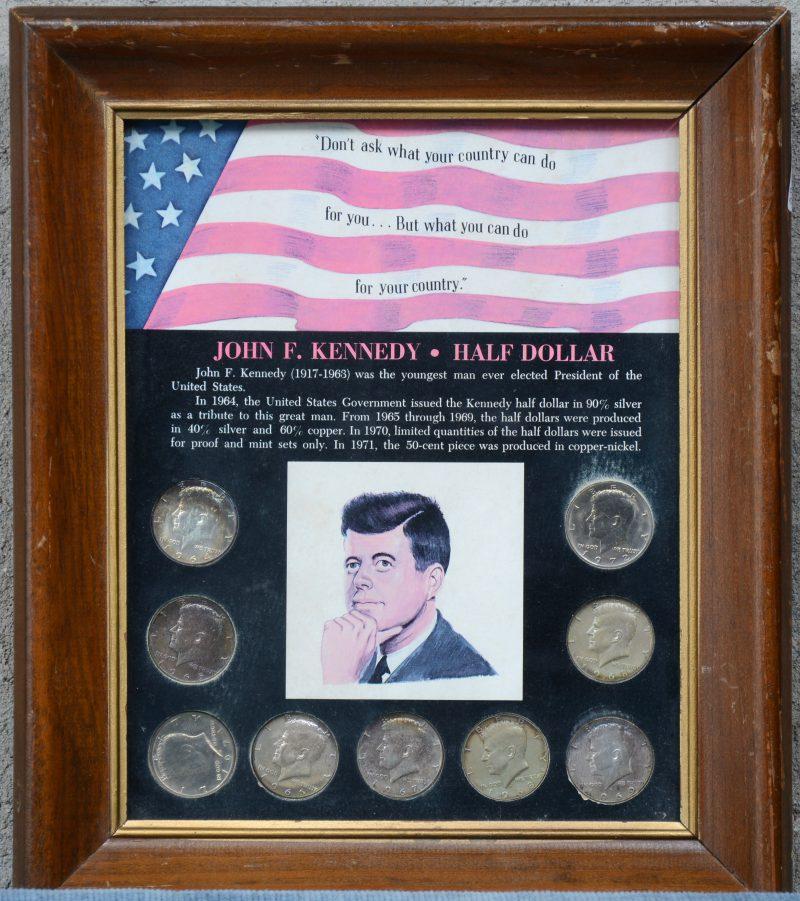 """""""John Kennedy - Half Dollar"""". 9 munten in een lijstje."""