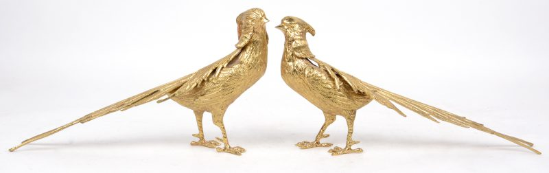 Een paar verguld koperen fazanten.