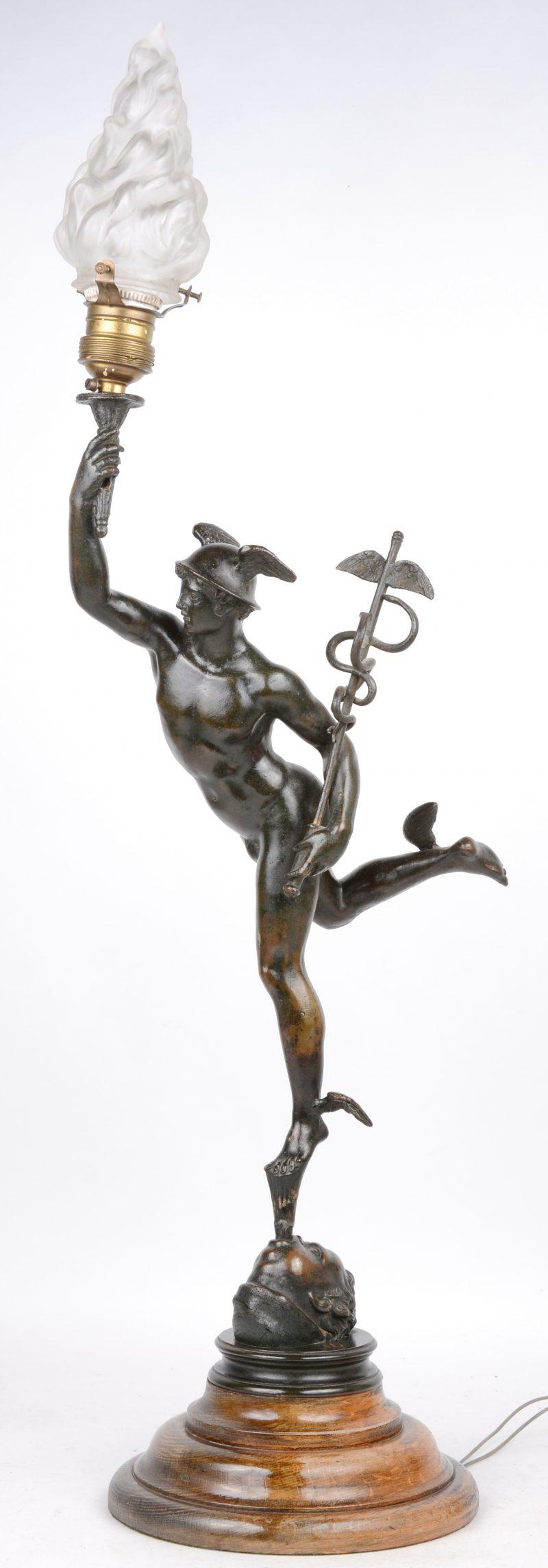"""""""Hermes"""". Een lampenvoet van zamak naar een werk van Giambologna."""