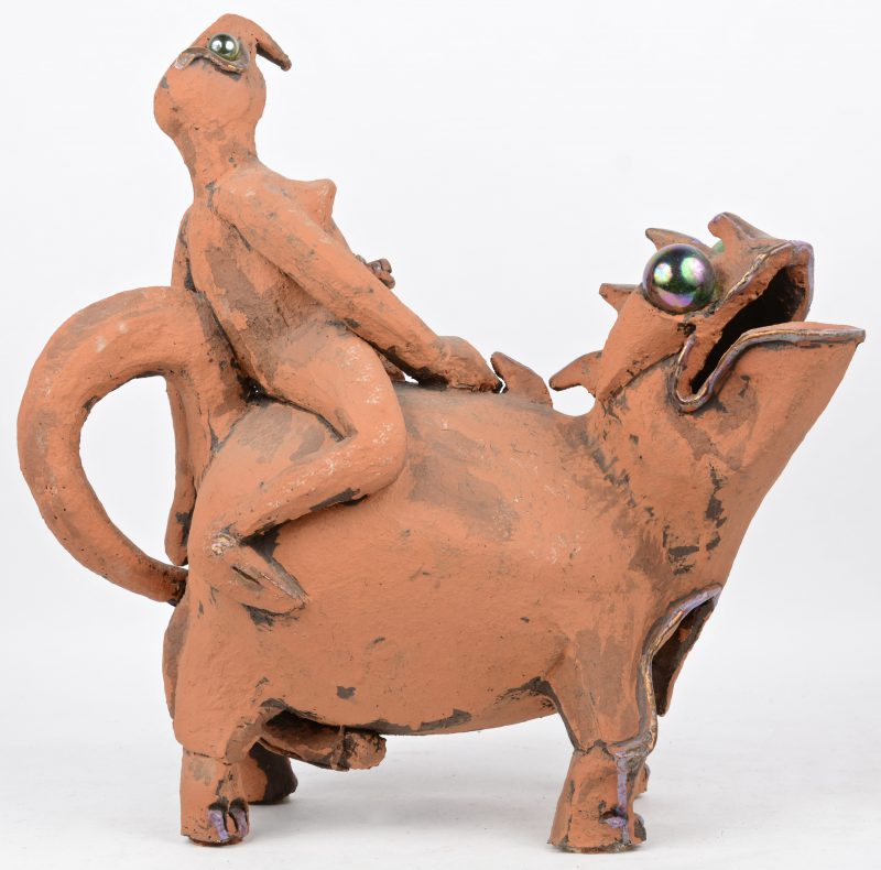 """""""Twee post-apocalyptische wezens"""". Een groep van aardewerk. Gemonogrameerd."""