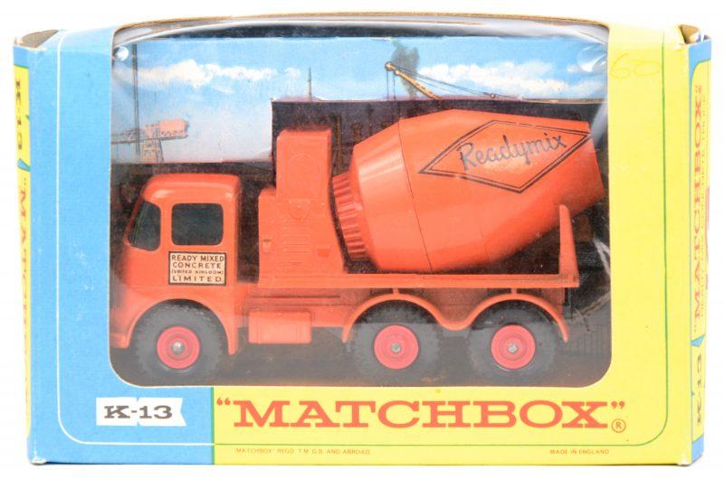 """""""ERF Ready Mix concrete truck"""". Een speelgoedvoertuig. Zeer goede staat. In originele doos."""