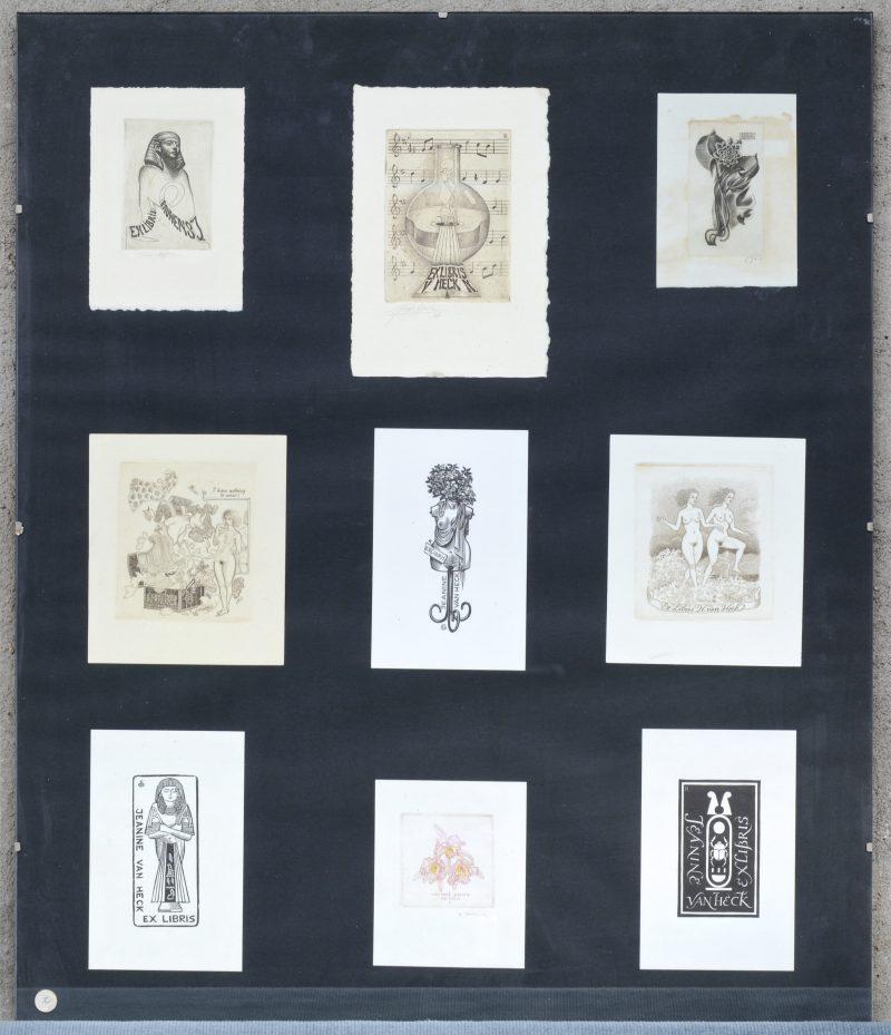 Een frame met negen verschillende ex-librissen.