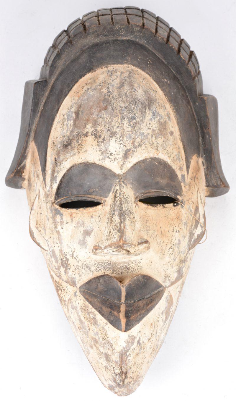 Afrikaans masker. Douala, Kameroen.