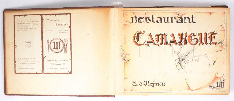 Een gastenboek van een restaurant te Oostende met binnenin een originele gouachetekening van een vrouwelijk naakt. Gesigneerd Anto Diez '88.