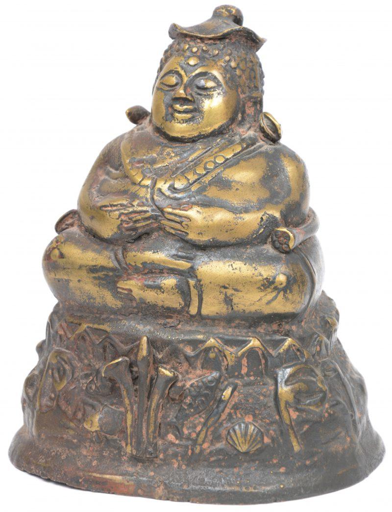 Een zittende Boeddha van brons. Eind XIXe eeuw.