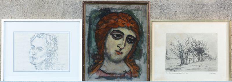 """""""Griekse kop"""", een églomisé. Er worden aan toegevoegd: Jules Van Ael (1912-1997) """"Knotwilgen"""". Ets, gesigneerd en genummerd 61/100 buiten de plaat. Jan Wouters (1908) """"Vrouwenhoofd"""". Ets, gesigneerd en gedateerd '95 en met opdracht """"aan Mariette en Valentijn"""" binnen de plaat. Ingelijst."""