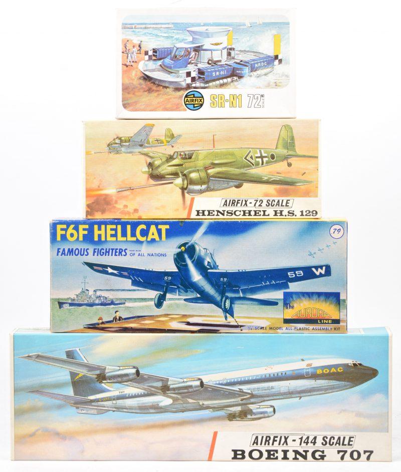 """Een lot modelbouwpakketten:- SR-N1 hovercraft 1/72. originele doos.- Henschel H.S. 129 1/72. Originele doos.- Boeing 707 1/144. Originele doos.- """"Golden Hind"""" & """"Santa Maria"""". scheepsmodelbouwkitjes."""