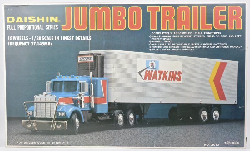 """""""Jumbo trailer"""". Een Amerikaanse truck op schaal 1:30 op afstandsbediening."""