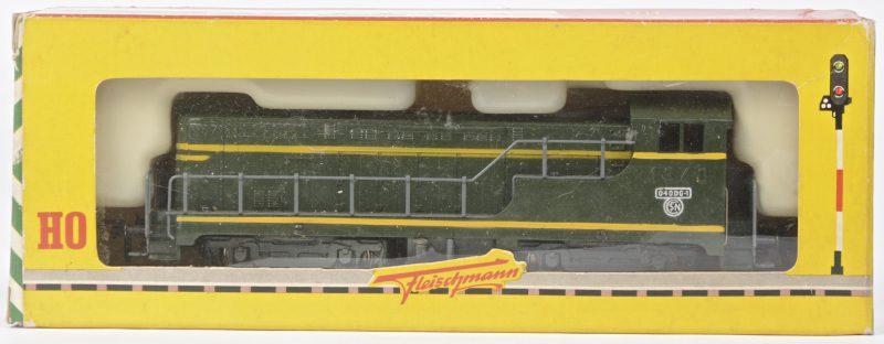 Een diesellocomotief type 'Baldwin' van de Franse spoorwegen voor spoortype HO. In originele doos.