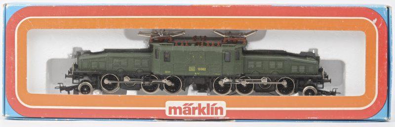 Een 6/8 elektrische locomotief 'krokodil' van de Zwitserse spoorwegen voor spoortype HO. In originele doos