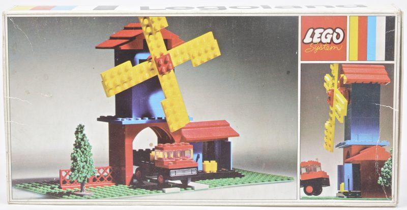 """""""Molen met vrachtwagen"""". Een bouwkit in originele doos. Met boekje."""