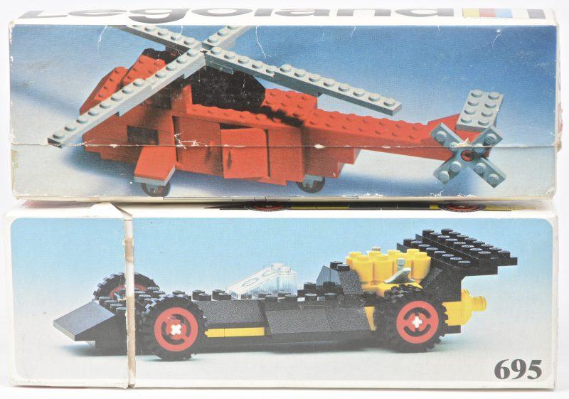 """""""Helikopter"""" & """"Racewagen"""". Twee bouwkits in originele dozen. Met boekjes. 1974 & 1976."""