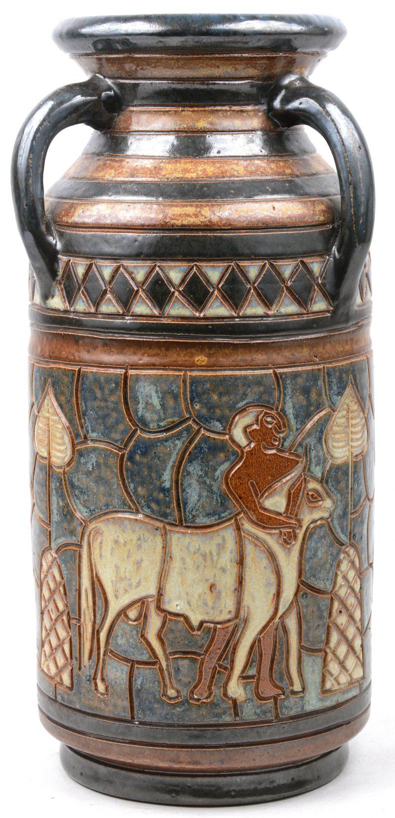 Aardewerken pot met jachtscène uit de oudheid.