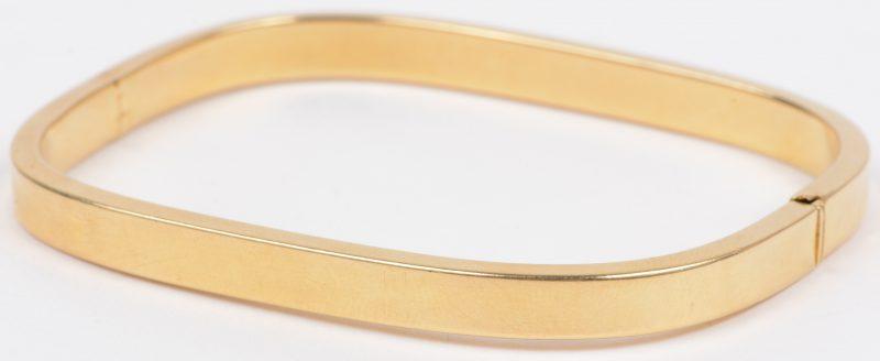 Een 18 karaats geel gouden armband.