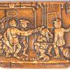 Een houten tabaksdoosje met een fijn gesneden straattafereel op het deksel. Duitsland, XIXe eeuw.