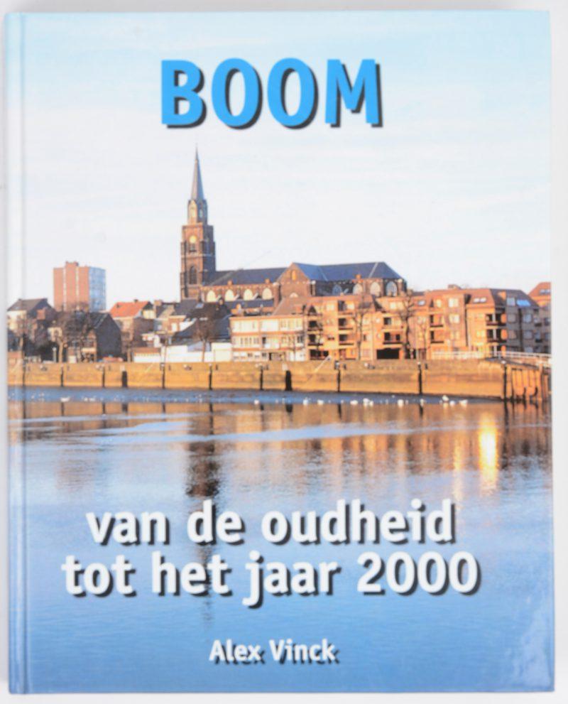 """Een documentatieboek: """"Boom. van de oudheid tot het jaar 2000."""" Uitgave 1999."""
