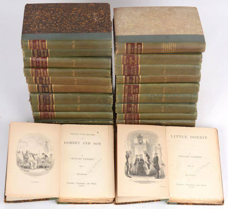 Verzameld werk van Dickens in 21 delen. Engelstalig. Uitgegeven bij Chapman and Hall. Begin XXe eeuw.