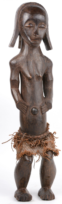 Een Afrikaans houten vrouwelijk voorouderbeeld. Fang, Gabon.