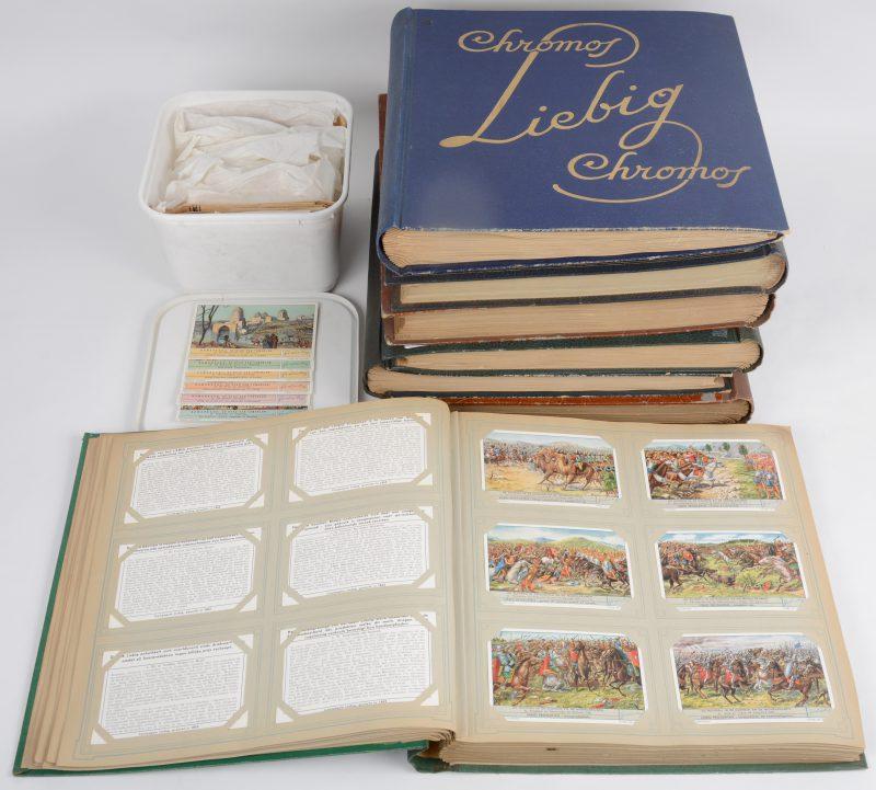 Een lot van 7 albums met Liebig-chromo's. Bijgevoegd een doos met losse reeksen.