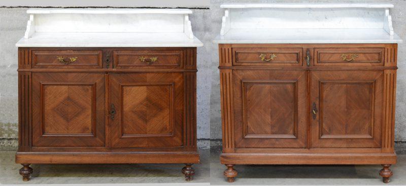 Een paar gefineerde buffetten met twee paneeldeuren onder twee laden en met wit marmeren blad.