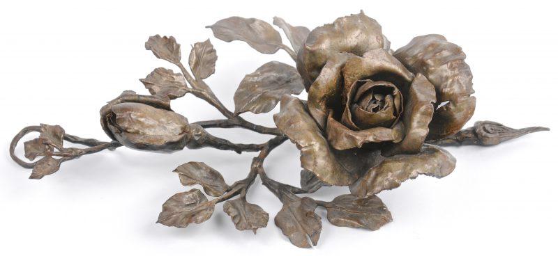 Roos van smeedijzer, toegeschreven aan Lode Van Boeckel.