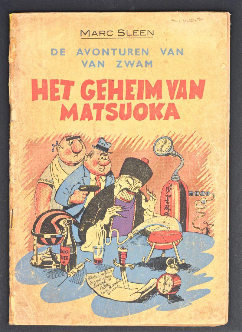 """""""Het geheim van Matsuoka"""". Ed. De Gids. Eerste druk, 1948. Matige tot goede staat. Enkele bladzijden met kleine scheurtjes. Kaft hersteld in rechter bovenhoek achteraan."""