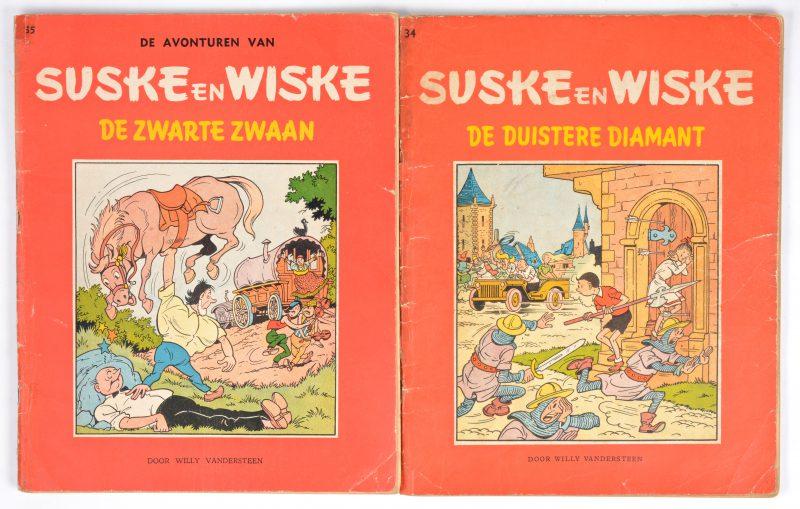 """""""Suske en Wiske"""". Twee eerste uitgaven:- 34: De duistere diamant. 1958.- 35: De zwarte zwaan. 1959. Goede staat."""