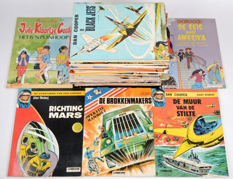 Een gevarieerd lot van 42 strips, uitgegeven bij Le Lombard, met onder andere 'Michel Vaillant', 'Blake & Mortimer', 'Dan Cooper', enz.