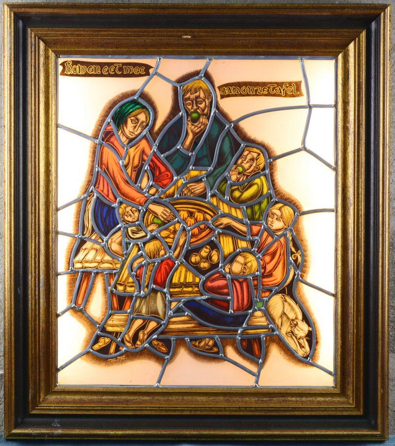 """""""Kom en eet mee aan onze tafel"""". Een glasraam in lichtbak. Gesigneerd en gedateerd 1987."""