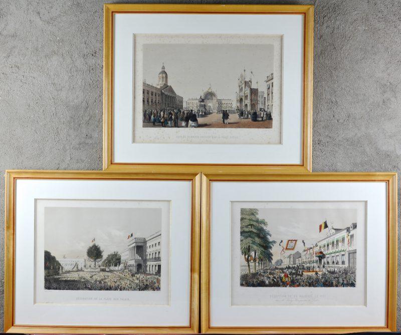 """""""Arcs de Triomphe dressés sur la Place Royale""""; """"Décoration de La Place des Palais"""" & """"Réception de sa Majesté le Roi"""". Drie XIXe eeuwse lithografieën."""