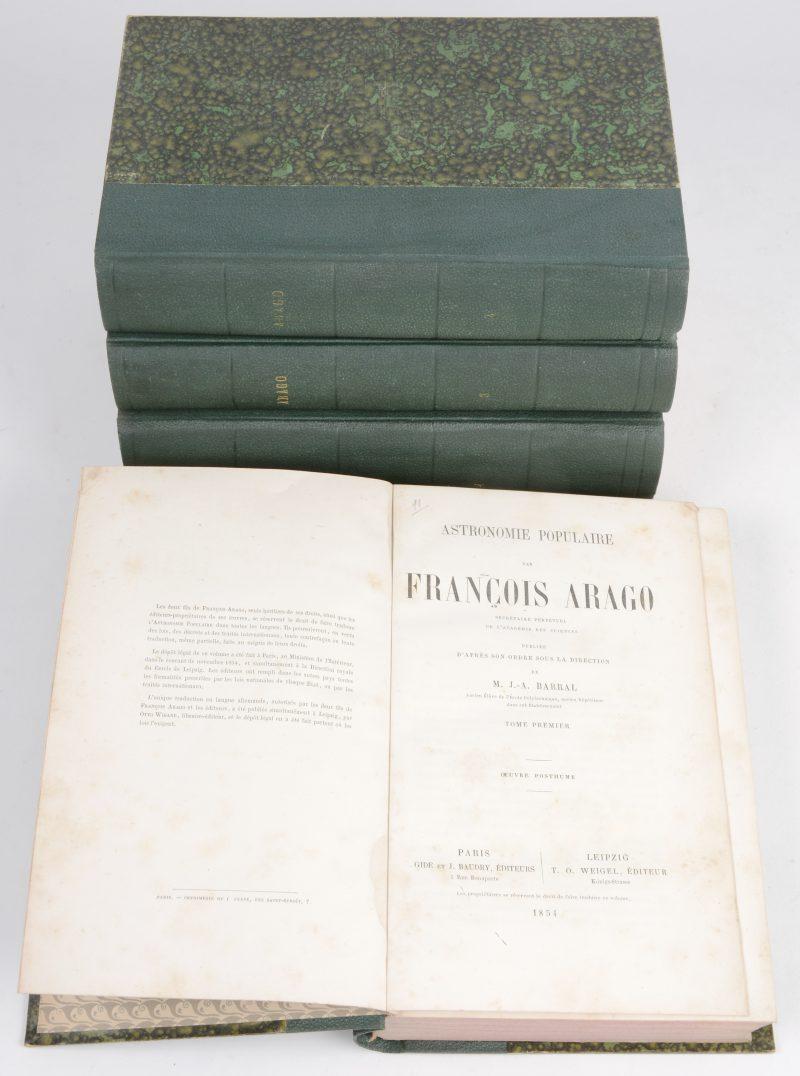 """François Arago. """"Astronomie Populaire"""". 4 delen. 1e ed. Gide & Baudry, Paris & Weigel, Leipzig 1854-1857. In-8°, goede staat, wat vochtvlekken. Met talrijke afbeeldingen (dubbelbladige achteraan)."""