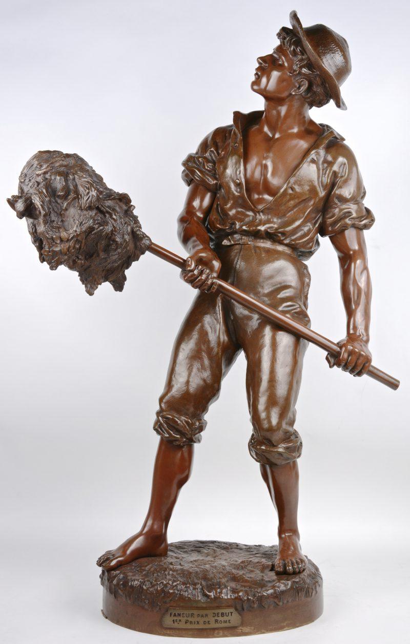 """""""Le faneur"""". Een beeld van bruingepatineerd brons. Gesigneerd, 1er Prix de Rome."""