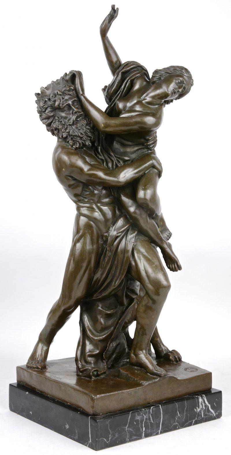 """""""Sater & nimf"""". Een bronzen beeld naar een werk van Pierre Le Faguays. Op marmeren sokkel."""