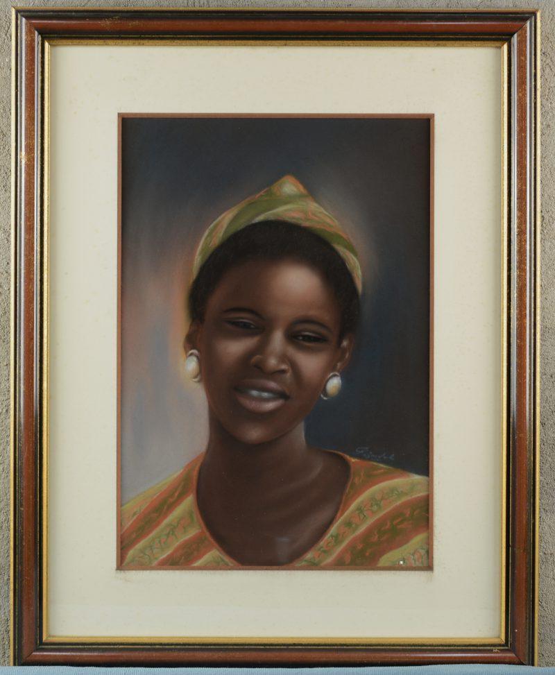"""""""Portret van een Afrikaanse vrouw"""". Pastel op papier. Onleesbaar gesigneerd."""